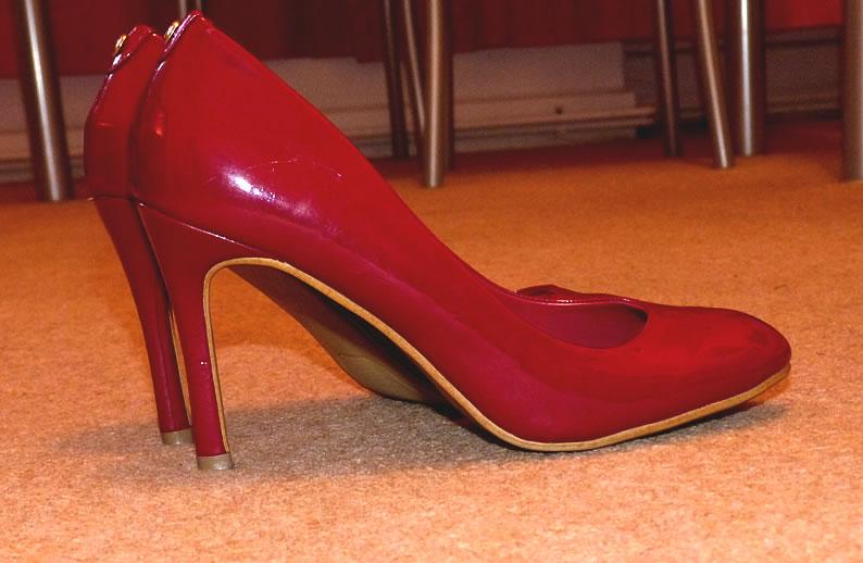 EthelFamousRedShoes